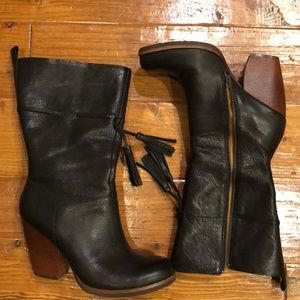 Black Leather Kork-Ease Boots with Tassel, Sz 7.5